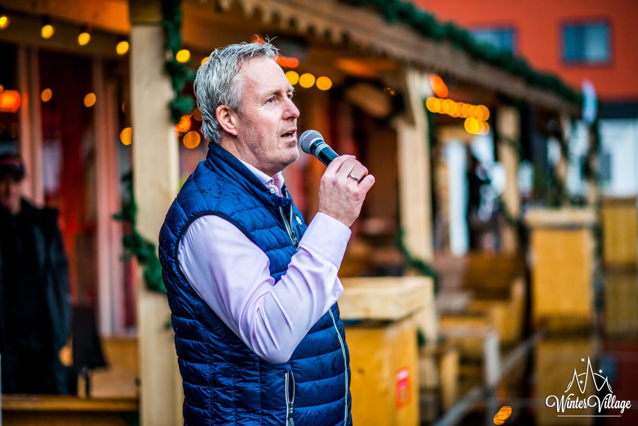 Winter Village Hoofddorp openingsceremonie met Patrick Willemse