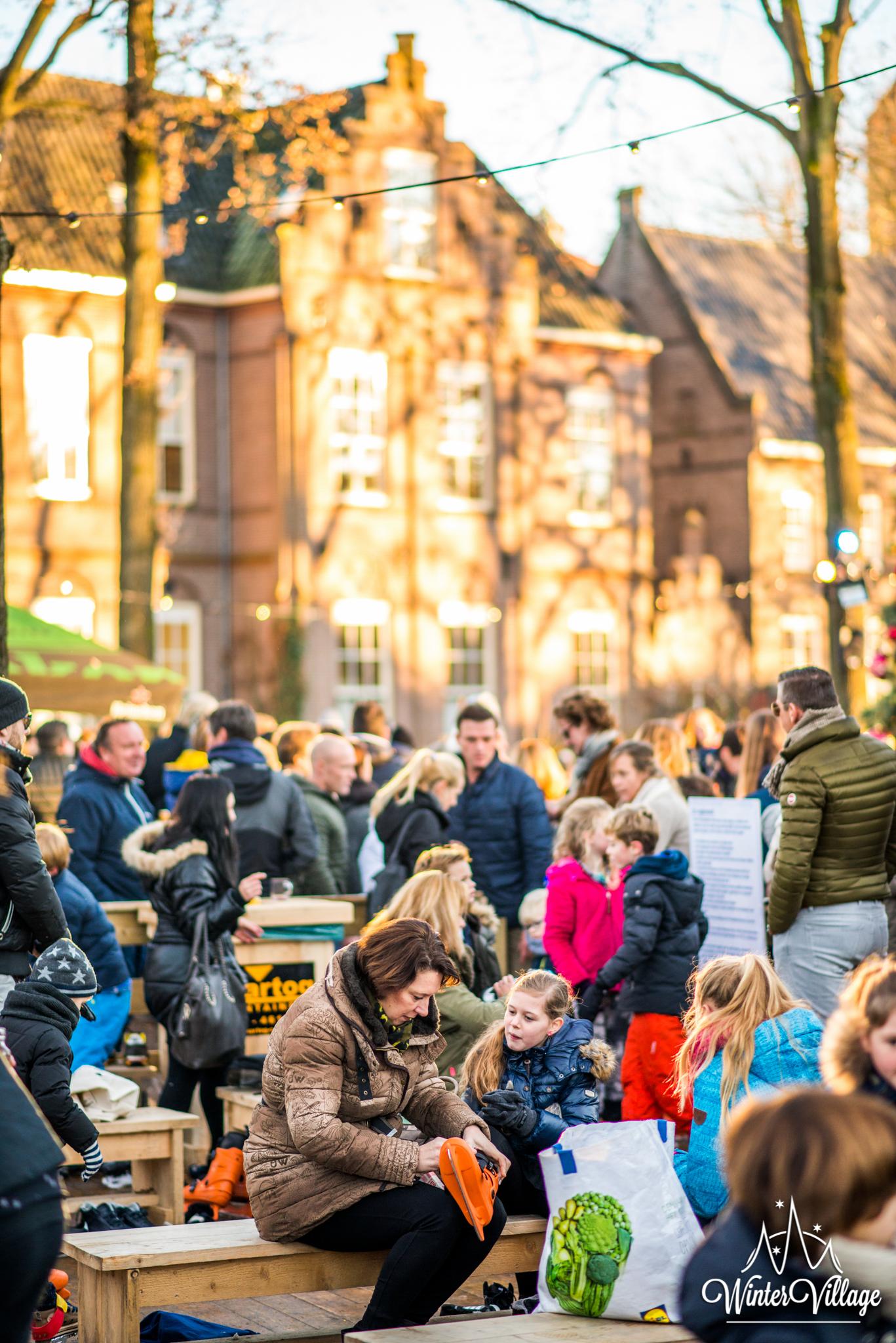 Winter Village Laren Bezoekers